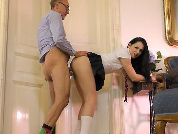 Kittina Pleases Her Boss!