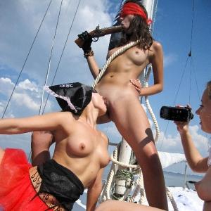 Kinky pirates