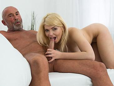 Masha Ray - Nico